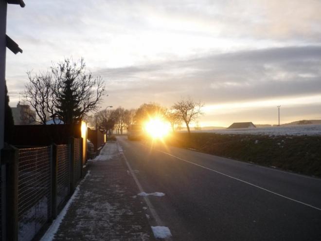 Západ Slunce ve Vacově v zimě